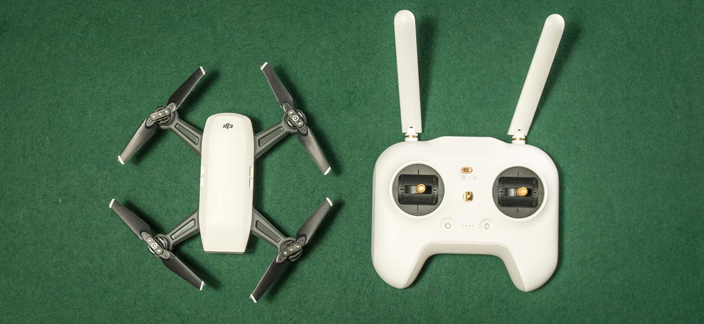 DJI Spark vs Xiaomi Mi 4K Drone Controller (!)